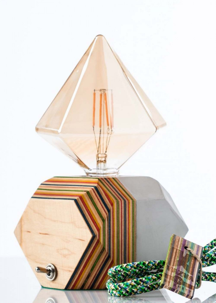 TRIANGLE GREEN LAMP