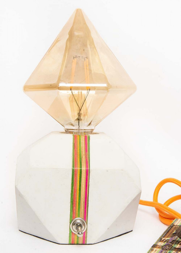 TRIANGLE ORANGE LAMP